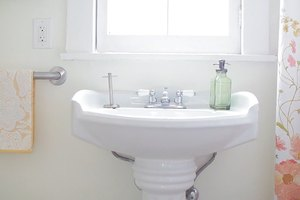 The Bathroom Mood Makeover: 3 Ways