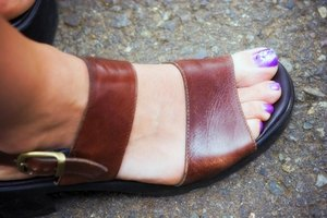 How to Stretch Leather Sandals