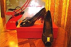 How to Buy Ferragamo Shoes