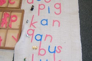 How to Teach Spelling Using the Montessori Method