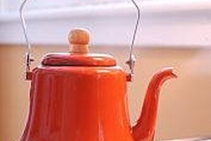 How to Clean Mineral Deposits From a Teakettle