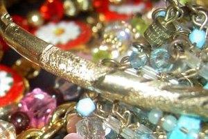 How to Restring Stretch Bracelets