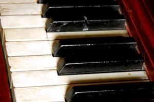 How to Write a Report Card for a Piano Student