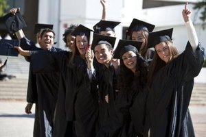 Options for High School Seniors With Not Enough Credits for Graduation