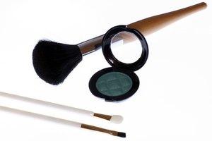 Ingredients in Mac Eyeshadow