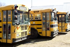 How to Manage Student Behavior on School Buses