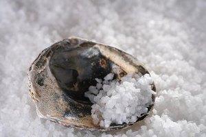 How to Make Sea Salt Baths