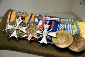 How to Mount Full Sized Medals