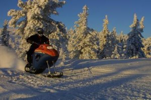 How to Troubleshoot Snowmobile Engines