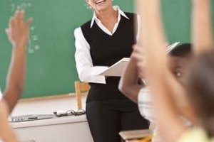 The Advantages & Disadvantages of Practice & Drills in Teaching