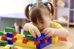 What Are the Benefits of Learning With LEGOs?