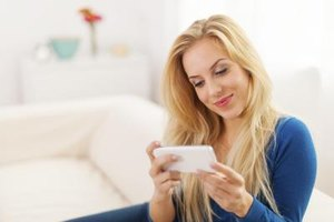 You can provoke a positive response from your ex-boyfriend with a text.