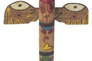 Easy Totem Pole Ideas