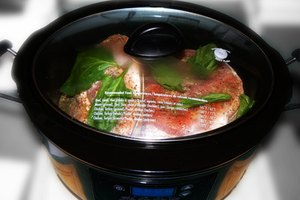 How to Cook Smoked Pork Hocks in a Crock-pot