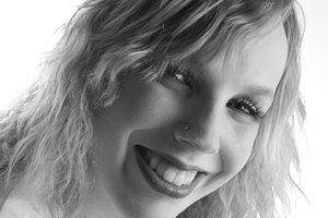 How to Do Makeup for Black & White Photos