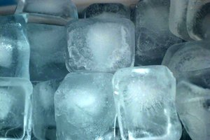 How to Slow Down the Melting of Ice Cubes