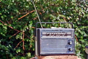 How to Recycle AM & FM Radios