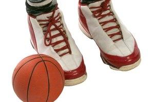 ¿Cómo elegir las zapatillas correctas para jugar baloncesto?