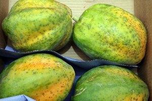 Por qué se debe evitar la papaya durante el embarazo