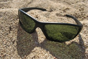 How to Get Rid of Tan Lines From Glasses