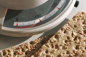 ¿Por qué se resta la fibra dietética en el recuento de carbohidratos?