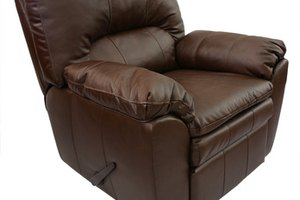 Stupendous How To Clean Sticky Leather Furniture Short Links Chair Design For Home Short Linksinfo