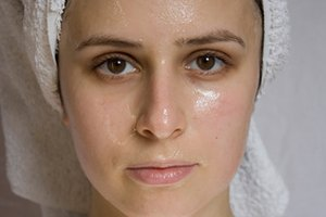 How to Tell If Pores Are Clogged
