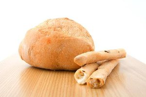 ¿Comer pan con moho me hará enfermar?