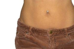 Crecimiento anormal de vello en el abdomen de las mujeres