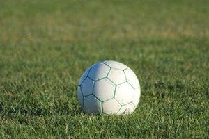 ¿Cuál es el ingreso promedio de una jugadora de fútbol profesional?