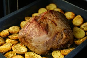 How to Oven Roast a Rump Roast