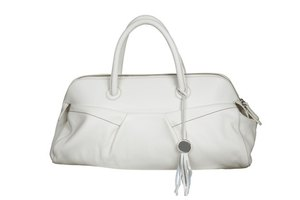 How to Clean a White Leather Purse