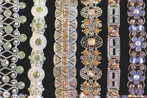What Is Jewelry Fencing?