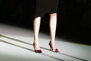 How to Decorate Runway Fashion Shows