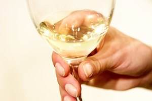 How to Serve Riesling Wine
