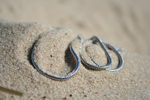 How to Shorten a Snake Style Necklace