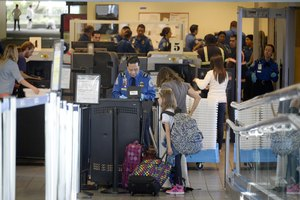 What Do TSA Workers Get Paid?