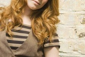 Starting the curl further down from the roots creates a soft, wavy style.