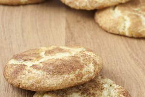 How to Make Snickerdoodles With Sugar Cookie Mix