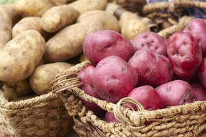 Difference Between Red & White Potatoes