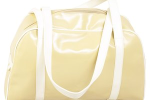 How to Get Scratch Marks Off of a Shiny Plastic Handbag