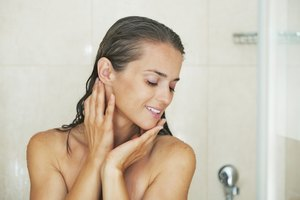 How to Use LUSH Shower Jellies