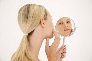 Do Pore Strips Damage the Skin?