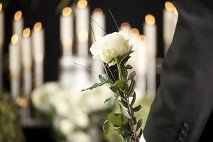 How to Apply for Funeral Benefits From Social Security