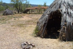 What Kind of Homes Did the Apaches Live in?