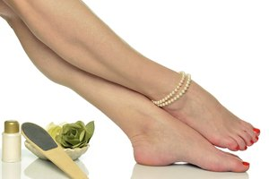 How to Do a Hot-Stone Pedicure