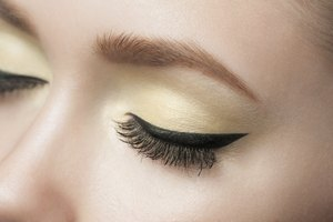 Side Effects of Permanent Eyeliner