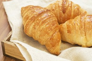 How to Store Croissants
