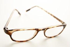 How to Make a Pair of Fondant Eyeglasses
