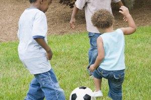Juegos de niños para patear